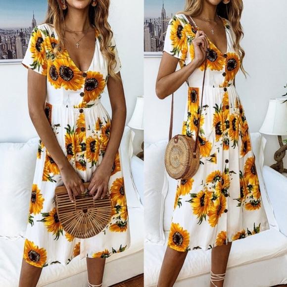 Bellanblue Dresses & Skirts - LAST - BETH Sunflower Dress